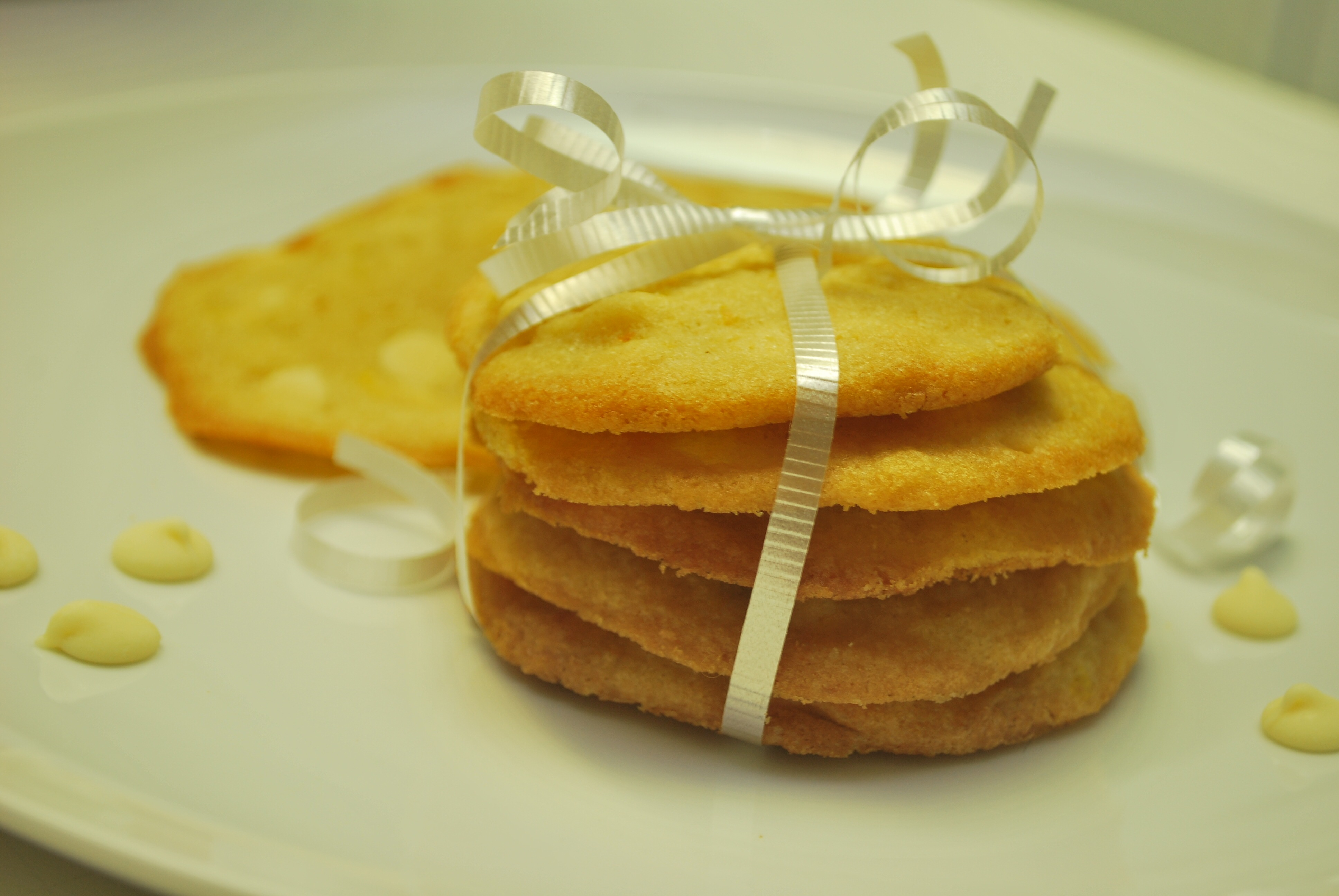 Sweet and simple white chocolate and orange cookies csc1785 forumfinder Image collections