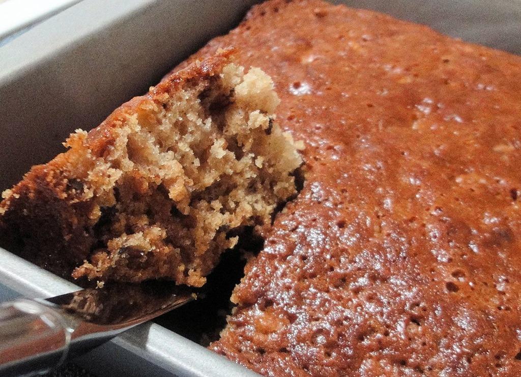 Coconut Flour Apple Spice Cake