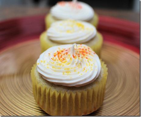 Vanilla Bean Cupcakes1