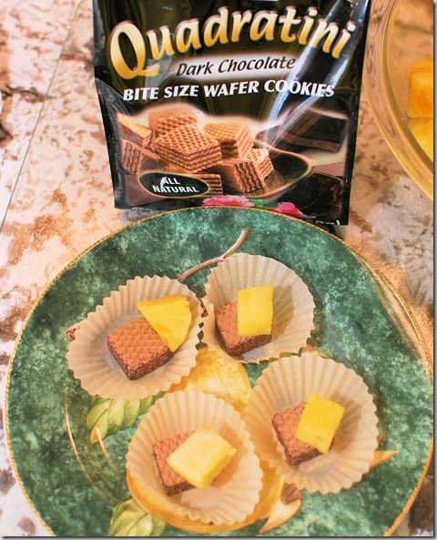 How to cut Pineapple and Quadratini wafer cookies12