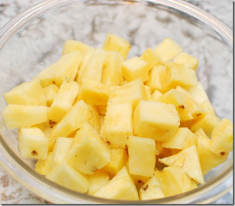 How to cut Pineapple and Quadratini wafer cookies5