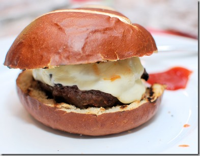 Blue cheese burger3