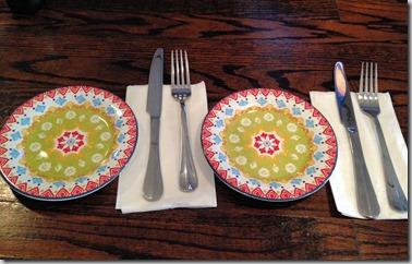 cafe hummus plates